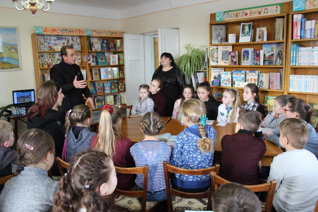 Франківські бібліотекарі готують до Дня міста подарунки